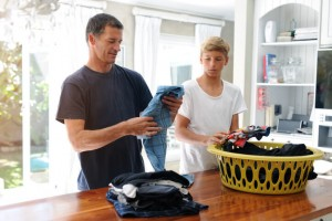 9 Tips for Keeping Your Laundry Lint-Free