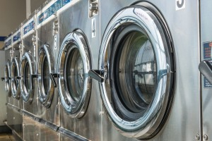 Use These Tips to Optimize Your Time at the Laundromat